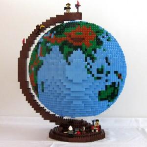 Lego globe_640x640