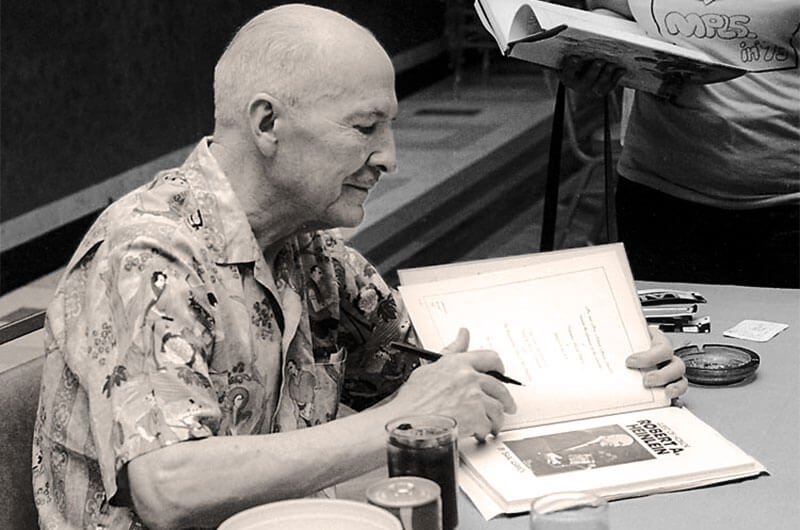 RAHeinlein autographing Midamericon